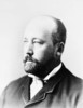 Titre original :    Description English: William Cornelius Van Horne, a pioneering Canadian railway executive. Français : William Van Horne, un homme d'affaires canadien d'origine américaine. Il fut un des pionniers du transport ferroviaire nord-américain. Date before 1915(1915) Source This image is available from Library and Archives Canada under the reproduction reference number C-008549 and under the MIKAN ID number 3221994 This tag does not indicate the copyright status of the attached work. A normal copyright tag is still required. See Commons:Licensing for more information. Library and Archives Canada does not allow free use of its copyrighted works. See Category:Images from Library and Archives Canada. Author Unknown Permission (Reusing this file) Public domainPublic domainfalsefalse This Canadian work is in the public domain in Canada because its copyright has expired due to one of the foll