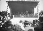 Titre original :  Sir Wilfrid Laurier at New Westminster, B.C.