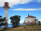 Titre original :  Georgina Point Lighthouse (7846570468).jpg