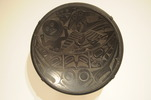 "Original title:    Artist Charles Edenshaw (da.a xiigang), Haida, sdast'a.aas Eagle clan, c. 1839–1920 Title Qwa.a qíihlaa (platter) Description Carved argillite platter Date c. 1885; photo 2010-11-27 Medium carved argillite Current location Seattle Art Museum Native name Seattle Art Museum Location Seattle, Washington Coordinates 47° 36' 26"" N, 122° 20' 17"" W    Established 1933(1933) Website http://www.seattleartmuseum.org/ Accession number 91.1.127 Object history Gift of John H. Hauberg Notes The argillite was quarried near Skidegate Source/Photographer Photo by Joe Mabel Permission (Reusing this file) Joe Mabel, the copyright holder of this work, hereby publishes it under the following licenses: This file is licensed under the Creative Commons Attribution-Share Alike 3.0 Unported license. Attribution: Joe Mabel You are free: to share – to copy, distribute and transmit the work to remix – to ad"