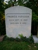 Titre original :    Description English: Grave of Francis Parkman at Mount Auburn Cemetery in Cambridge, Massachusetts. Date 21 September 2008(2008-09-21) Source Own work Author Midnightdreary