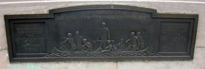 Original title:    In honor of Louis Jolliet and Pere Jacques Marquette On the bridge over Chicago River on Michigan avenue, Chicago, Illinois