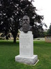 Titre original :    Description George Leslie Mackay monument in Woodstock, Ontario. Date 23 July 2008(2008-07-23) Source Own work Author Balcer