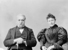Titre original :  Hon. & Mrs. William McDougall.