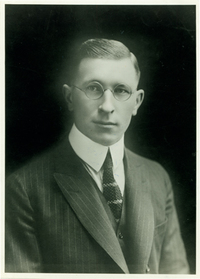 Original title:  Frederick Banting. UTARMS, A1978-0041/001 (54).