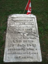 Titre original :  Gravestone of Robert Nelles at St. Andrews Anglican Church, Grimsby, Ontario. Photo by Allan Smith, 2018.