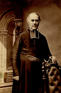 Original title:    Description Louis Proulx, secular priest, educator, writer, parish priest, and vicar general Date c.1861 Source This image is available from the Bibliothèque et Archives nationales du Québec under the reference number P560,S2,D1,P1064 This tag does not indicate the copyright status of the attached work. A normal copyright tag is still required. See Commons:Licensing for more information. Boarisch | Česky | Deutsch | Zazaki | English | فارسی | Suomi | Français | हिन्दी | Magyar | Македонски | Nederlands | Português | Русский | Tiếng Việt | +/− Author Livernois Artiste Photographe