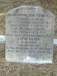 Titre original :    Description Grave marker of John Hamilton Gray at Ross Bay Cemetery, Victoria BC. Date 4 September 2006(2006-09-04) Source Own work Author KenWalker kgw@lunar.ca Permission (Reusing this file) CC-BY-SA-2.5