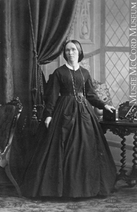 Original title:  Photograph Miss Margaret Robertson, Montreal, QC, 1862 William Notman (1826-1891) 1862, 19th century Silver salts on paper mounted on paper ? - Albumen process 8 x 5 cm Purchase from Associated Screen News Ltd. I-3885.1 © McCord Museum Keywords:  female (19035) , Photograph (77678) , portrait (53878)