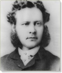Titre original :    Description Photography of Robert Simpson at 32 in 1866, founder of the Simpson's Canadian chain of department stores Date 1866(1866) Source Hudson Bay Company Author Unknown Other versions en:Image:Image:Robert Simpson (brewer).jpg