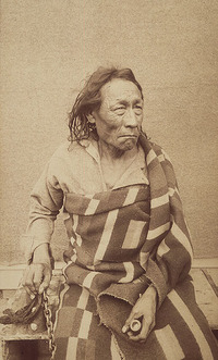 Original title:  Mistahi maskwa (Big Bear), vers 1825-1888, un chef cri des Plaines.
