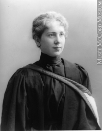Titre original :  Photograph Miss Harriet Brooks, nuclear physicist, Montreal, QC, 1898 Wm. Notman & Son 1898, 19th century Silver salts on glass - Gelatin dry plate process 17.8 x 12.7 cm Purchase from Associated Screen News Ltd. II-123880 © McCord Museum Keywords:  female (19035) , Photograph (77678) , portrait (53878)