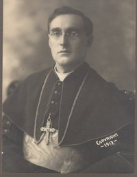 Titre original :    Description English: Mgr Alfred-Édouard Leblanc, the fist Acadian bishop. Français : Mgr Alfred-Édouard Leblanc, le premier évêque acadien. Date 1913(1913) Source http://www2.umoncton.ca/cfdocs/cea/recherch/doc.cfm?cle=I0194 Author Non spécifié, not specified Permission (Reusing this file) Public domainPublic domainfalsefalse This Canadian work is in the public domain in Canada because its copyright has expired due to one of the following: 1. it was subject to Crown copyright and was first published more than 50 years ago, or it was not subject to Crown copyright, and 2. it is a photograph that was created prior to January 1, 1949, or 3. the creator died more than 50 years ago. Česky | Deutsch | English | Español | Suomi | Français | Italiano | Македонски | Português | +/−  This image is available from the Centre d'études acadiennes This tag does not indicate the copyright statu
